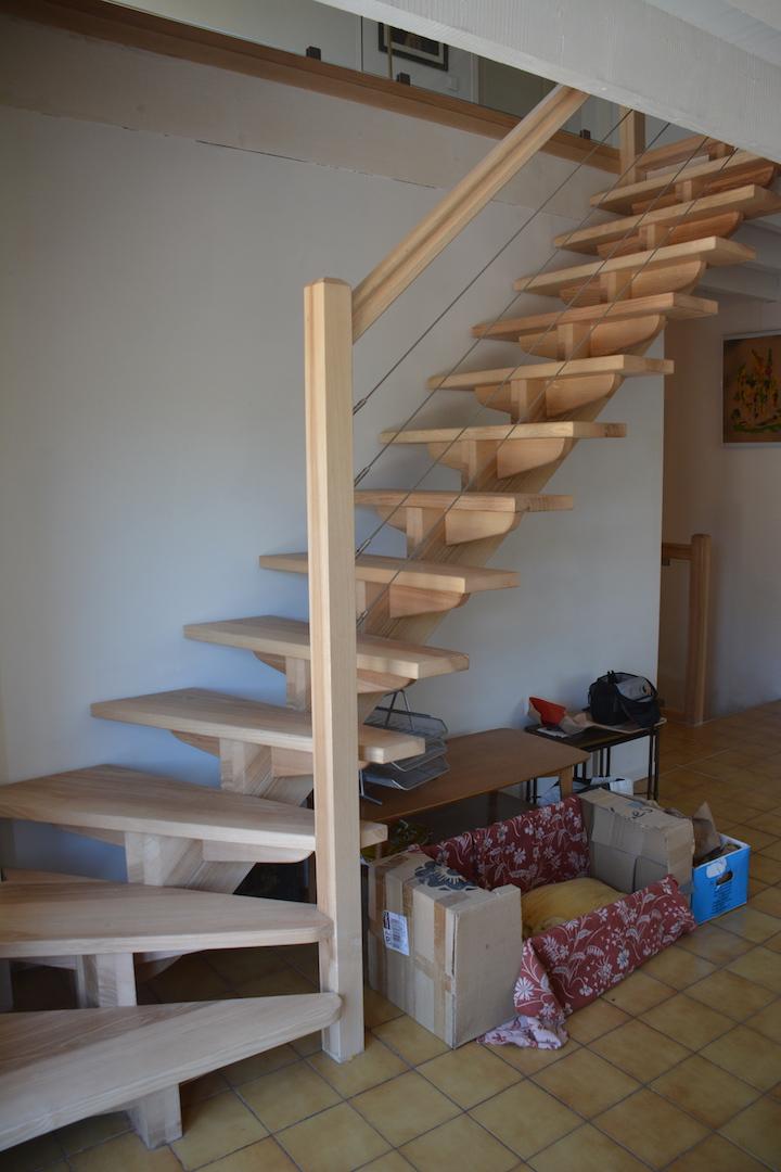 L'escalier vers le deuxième étage